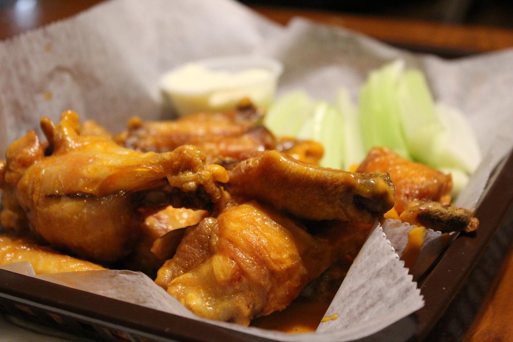 Chicken Wings at Mijo's in Marathon NY